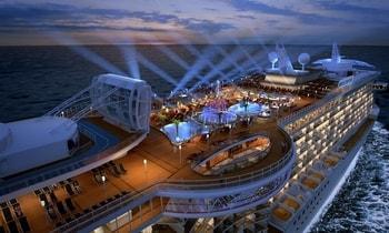 السفر والمقامرة على متن السفن السياحية