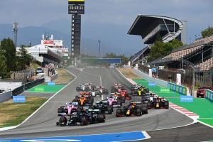 سيارات السباق في الفورمولا وان